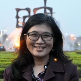 Reni Chandriachsja Suwarso, Dra., MPP.